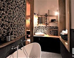 Hotel butikowy-Niedźwiedzia Residence- łazienka przy pokoju dzikim - zdjęcie od balhouse - projektowanie wnętrz