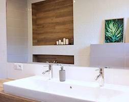 Dom w Zgierzu 150m2 - Średnia łazienka w bloku w domu jednorodzinnym bez okna, styl klasyczny - zdjęcie od hokum architekci