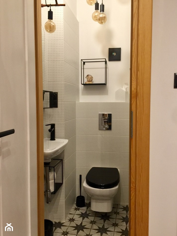 Konkurs O!Twórz Mieszkanie - Mała biała łazienka, styl eklektyczny - zdjęcie od Porta Drzwi