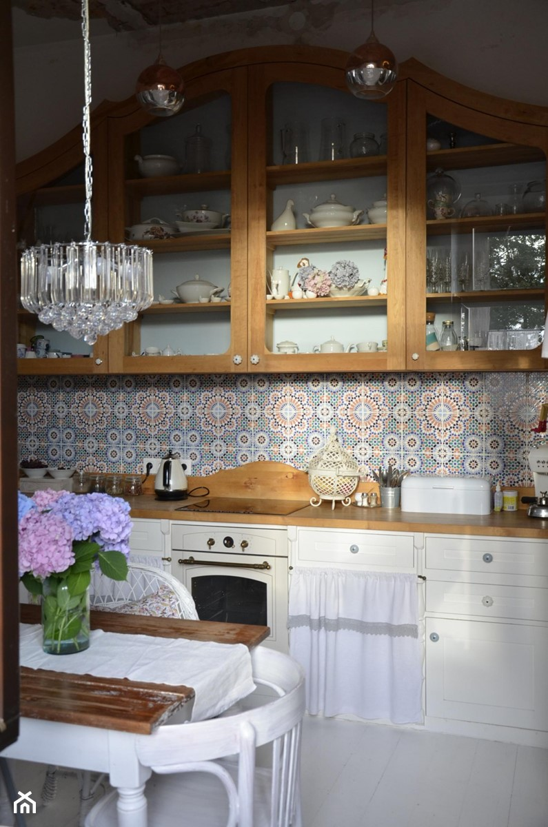 Konkurs O!Twórz Mieszkanie - Kuchnia jednorzędowa w aneksie, styl eklektyczny - zdjęcie od Porta Drzwi