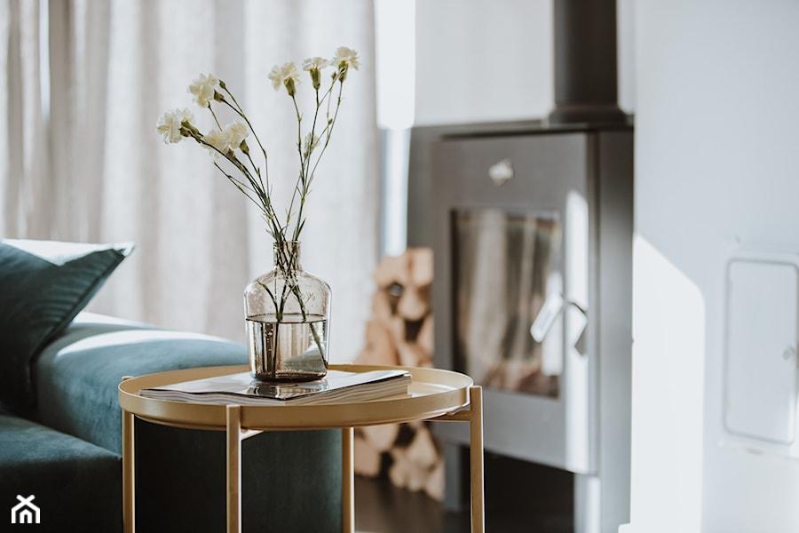 Konkurs O!Twórz Mieszkanie - Mały biały salon - zdjęcie od Porta Drzwi