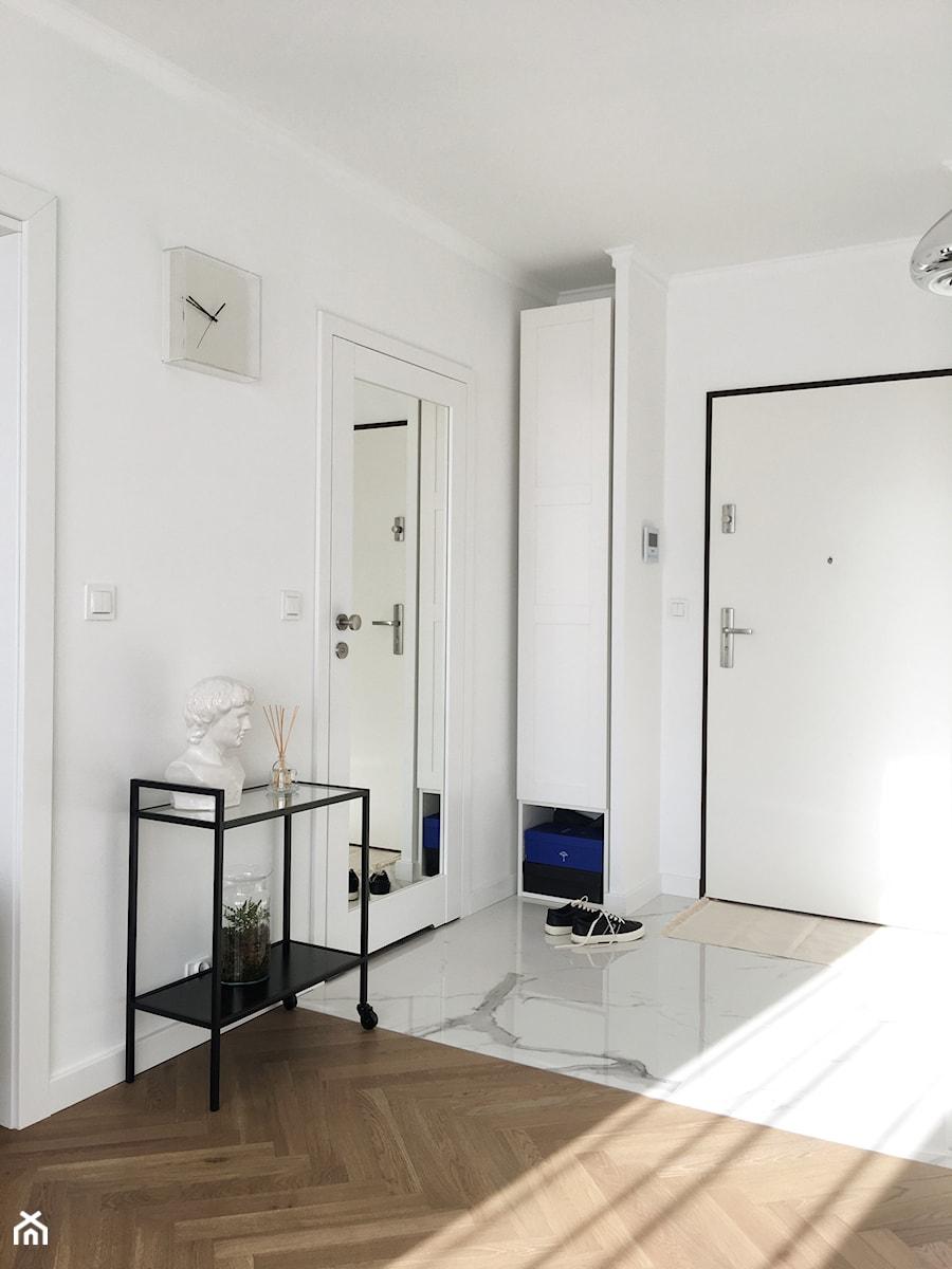 Konkurs O!Twórz Mieszkanie - Duży biały hol / przedpokój, styl minimalistyczny - zdjęcie od Porta Drzwi