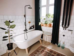 Konkurs O!Twórz Mieszkanie - Średnia beżowa łazienka w bloku w domu jednorodzinnym z oknem, styl eklektyczny - zdjęcie od Porta Drzwi