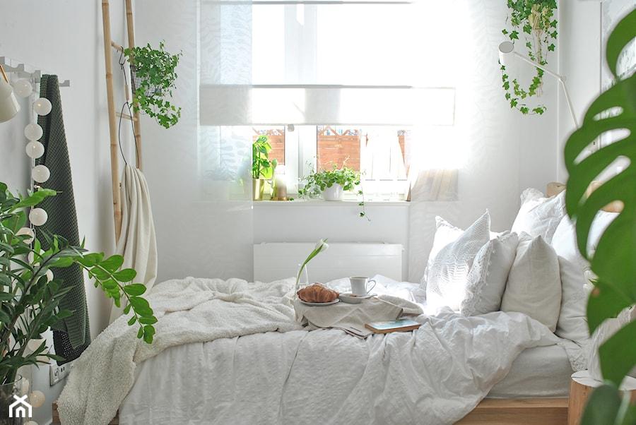 Konkurs O!Twórz Mieszkanie - Mała biała sypialnia małżeńska, styl skandynawski - zdjęcie od Porta Drzwi