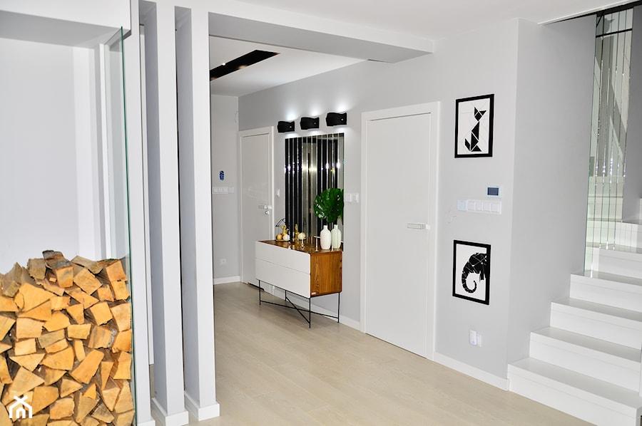 Konkurs O!Twórz Mieszkanie - Hol / przedpokój, styl nowoczesny - zdjęcie od Porta Drzwi