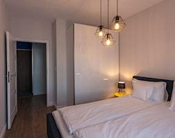 Gdańsk Motława - Średnia biała sypialnia małżeńska, styl nowoczesny - zdjęcie od juliarz - Homebook