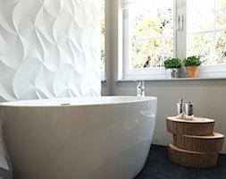 Dom Chwaszczyno - Mała biała szara łazienka w bloku w domu jednorodzinnym z oknem, styl eklektyczny - zdjęcie od Studio 23A