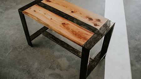 lukasz_epoxy_wood
