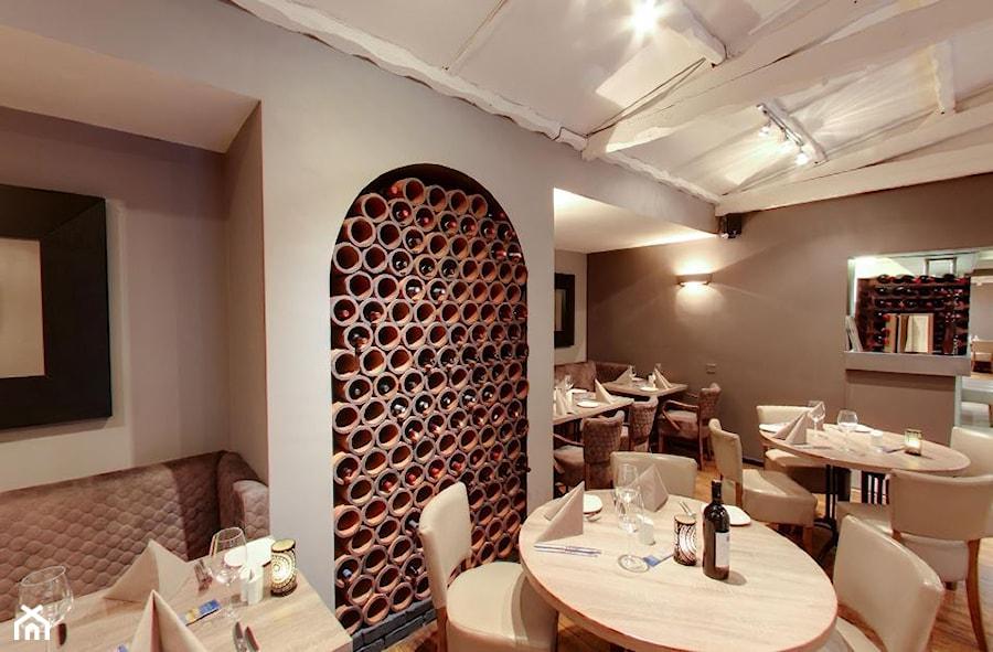 Aranżacje wnętrz - Wnętrza publiczne: Quattro's Wloska Restauracja - Wnętrza publiczne, styl włoski - Element Design. Przeglądaj, dodawaj i zapisuj najlepsze zdjęcia, pomysły i inspiracje designerskie. W bazie mamy już prawie milion fotografii!