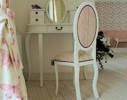 Apartament romantyczny - Salon, styl tradycyjny - zdjęcie od Aleksandra Bronszewska - Homebook