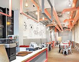 Restauracja+R%C3%B3%C5%BCowa+Krowa+-+zdj%C4%99cie+od+Aleksandra+Bronszewska