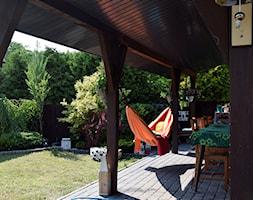 Początek lata na tarasie - Średni taras z tyłu domu - zdjęcie od Dorota Opolska