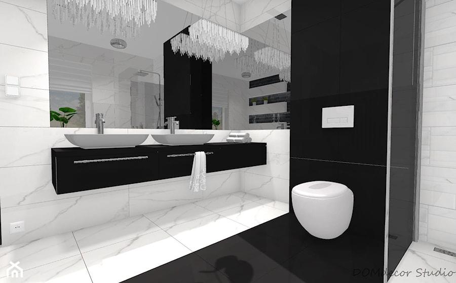 Czarno Biała łazienka Z Elementami Glamour średnia