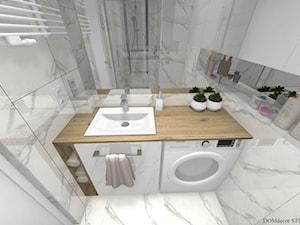 Łazienka w stylu nowoczesnym - imitacja marmuru