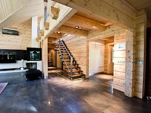 Nowoczesny Dom z finskiego bala - Duży biały hol / przedpokój, styl skandynawski - zdjęcie od TiM Grey Projektowanie Wnętrz