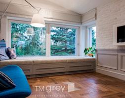300m2 Klasycznej Elegancji - Mały szary pokój dziecka dla chłopca dla dziewczynki dla nastolatka, styl minimalistyczny - zdjęcie od TiM Grey Projektowanie Wnętrz
