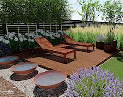 Ogród przy bliźniaku - Duży ogród za domem - zdjęcie od Naturalnie Studio - pracownia architektury krajobrazu