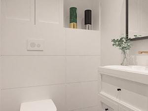 Dom w Żurawnikach koło Lublina - Mała biała łazienka w bloku w domu jednorodzinnym bez okna, styl klasyczny - zdjęcie od COMFY LIFE