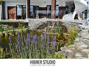 Ogród rezydencjonalny, Płock - Ogród z oczkiem wodnym, styl klasyczny - zdjęcie od Hibner Studio Pracownia Architektury Krajobrazu