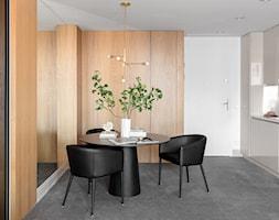 Średnia zamknięta szara jadalnia w kuchni, styl nowoczesny - zdjęcie od Finchstudio Architektura Wnętrz