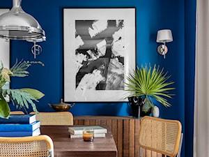 Granatowe mieszkanie - Jadalnia, styl włoski - zdjęcie od Finchstudio Architektura Wnętrz