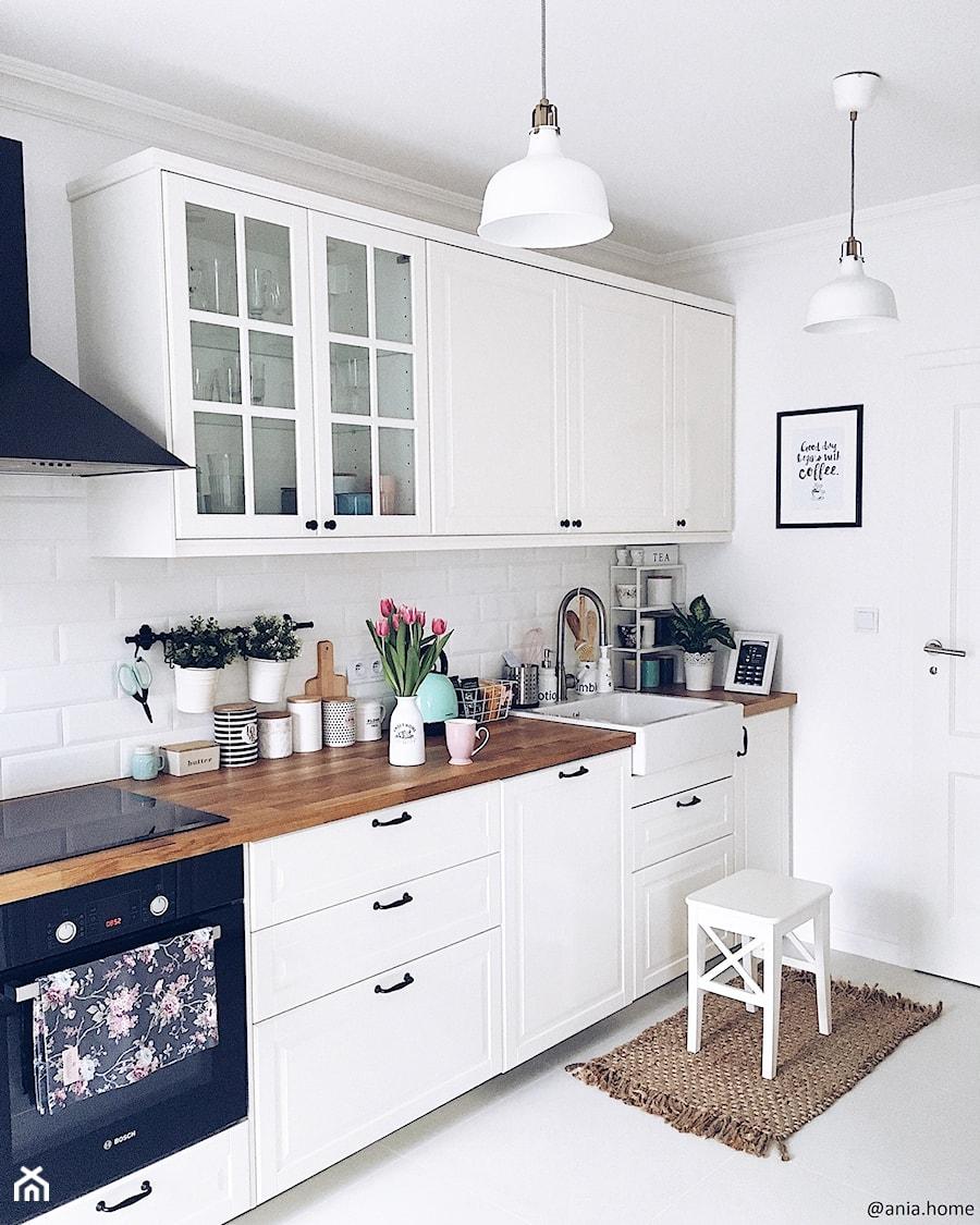 Kuchnia W Stylu Skandynawskim średnia Otwarta Biała