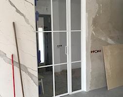 Drzwi szklane w ramie stalowej - zdjęcie od AbeLightoCraft - Homebook