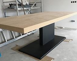 Stół na stalowej nodze - zdjęcie od AbeLightoCraft - Homebook