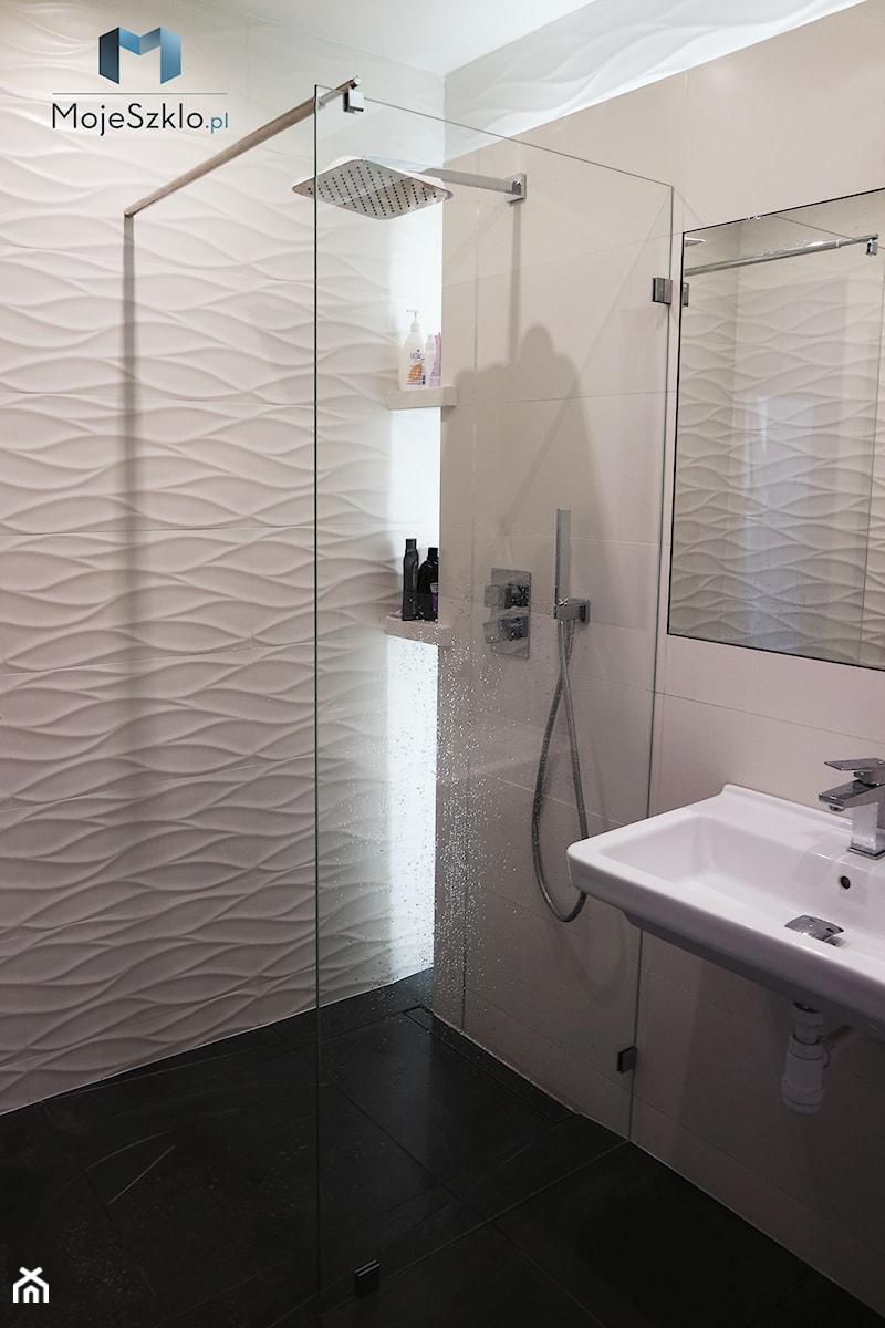 Kabiny Prysznicowe Walkin Mała łazienka W Bloku W Domu
