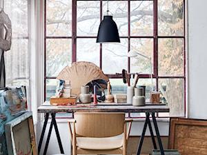 Krzesło N01 by Nedo - Małe białe biuro kącik do pracy na poddaszu, styl nowoczesny - zdjęcie od Homebook Design