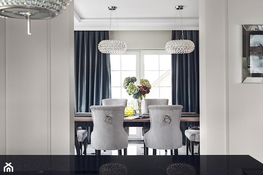 Widok z kuchni na jadalnię - zdjęcie od GSG STUDIO   interiors & design