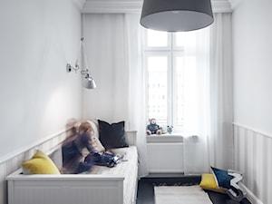 Apartament | Gdańsk Wrzeszcz | REALIZACJA - Średni biały pokój dziecka dla chłopca dla malucha, styl klasyczny - zdjęcie od GSG STUDIO | interiors & design