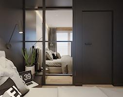 Enter the game - Średnia beżowa czarna sypialnia małżeńska, styl minimalistyczny - zdjęcie od EDYCJA studio