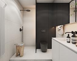 Roomba - Średnia czarna łazienka w bloku w domu jednorodzinnym bez okna, styl minimalistyczny - zdjęcie od EDYCJA studio - Homebook