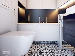 Navy is the new black - Mała łazienka w bloku w domu jednorodzinnym bez okna, styl klasyczny - zdjęcie od EDYCJA studio