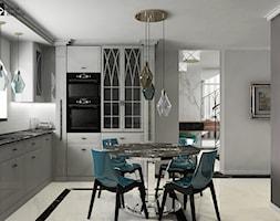 Dom pod Warszawą 360 m.kw - Średnia otwarta szara kuchnia w kształcie litery l z oknem, styl glamour - zdjęcie od alinabadora.pl