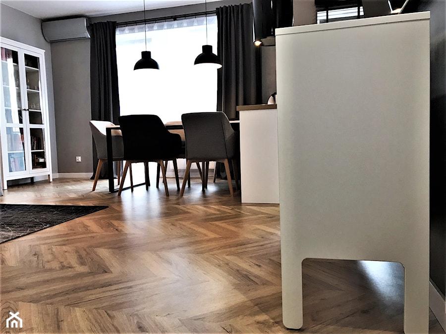 Mieszkanie z duszą w nowym bloku - realizacja projektu - Salon, styl nowoczesny - zdjęcie od DekoDeko