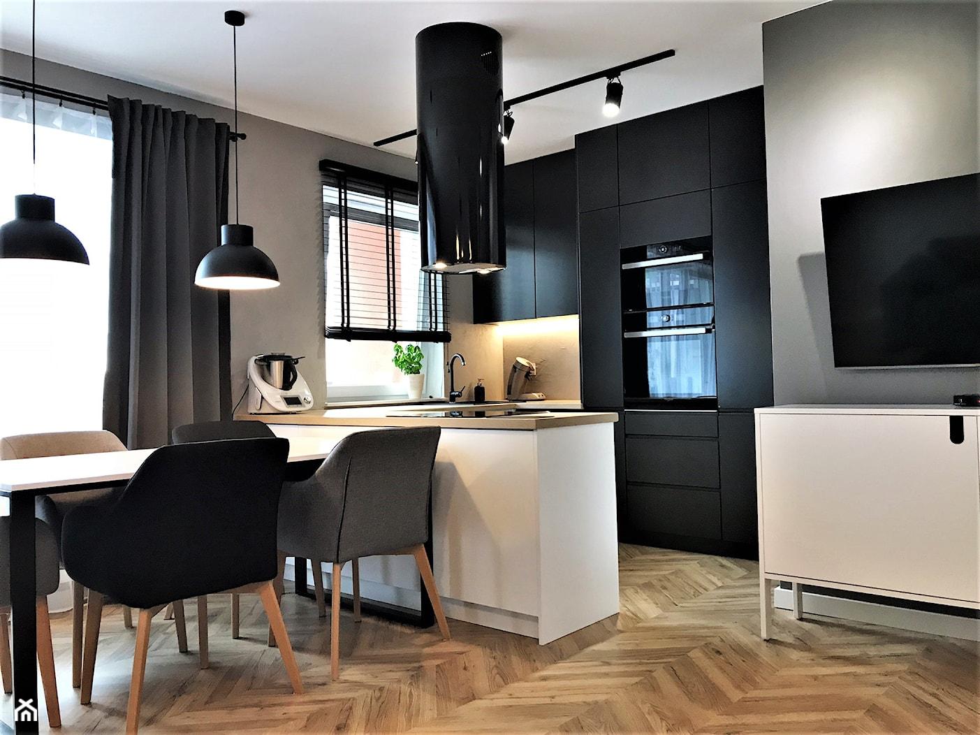 Industrialne łazienki w bloku - realizacja projektu - Salon, styl nowoczesny - zdjęcie od DekoDeko - Homebook