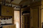 nastrojowa kuchnia rustykalna