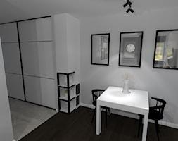 metamorfoza pokoju dziennego - Mała otwarta szara jadalnia - zdjęcie od Projektowanie wnętrz Olga Januszkiewicz