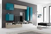 biało-turkusowe meble do salonu, szary dywan, szara ściana