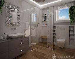 Stylowe salony kąpielowe - Mała szara łazienka na poddaszu w bloku w domu jednorodzinnym z oknem, styl klasyczny - zdjęcie od DemoDesign Jacek Staniszewski Studio projektowania wnętrz