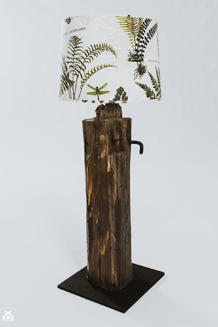 Lampa podłogowa, kolekcja STARE DOMY - zdjęcie od ForRest-Concept - Homebook