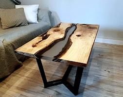 Stolik kawowy z orzecha i żywicy - zdjęcie od ForRest-Concept