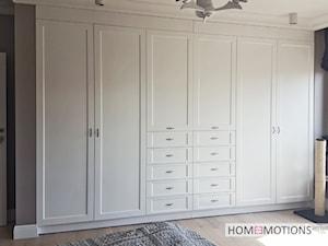 Pastelowo - Sypialnia, styl klasyczny - zdjęcie od Homeemotions.architects