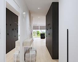 wąski hol, prosty hol, - zdjęcie od SARNA ARCHITEKCI / Architektura Wnętrza dla wymagających / Interior Design - Homebook