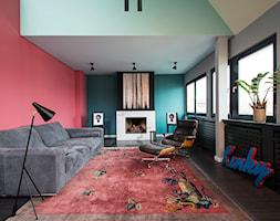 Aranżacje - Średni zielony czerwony salon, styl vintage - zdjęcie od JUNG Polska - Homebook