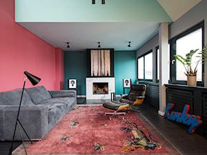 Aranżacje - Średni zielony czerwony salon, styl vintage - zdjęcie od JUNG Polska