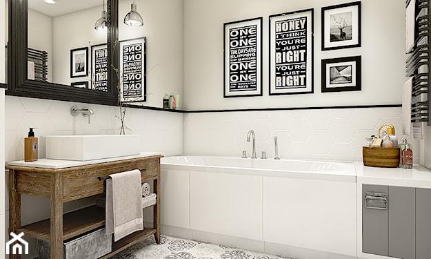 czarne lustro w łazience