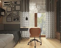 Dwa światy - Średni szary brązowy pokój dziecka dla chłopca dla dziewczynki dla ucznia dla nastolatka, styl industrialny - zdjęcie od WERDHOME